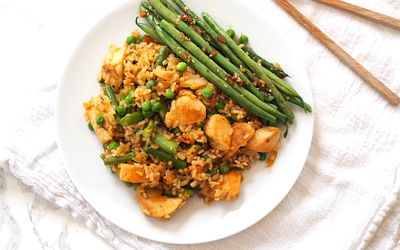 fried rice with chicken and asparagus