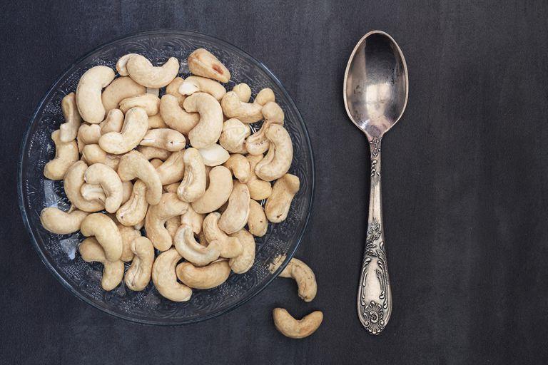 cashew nutrition