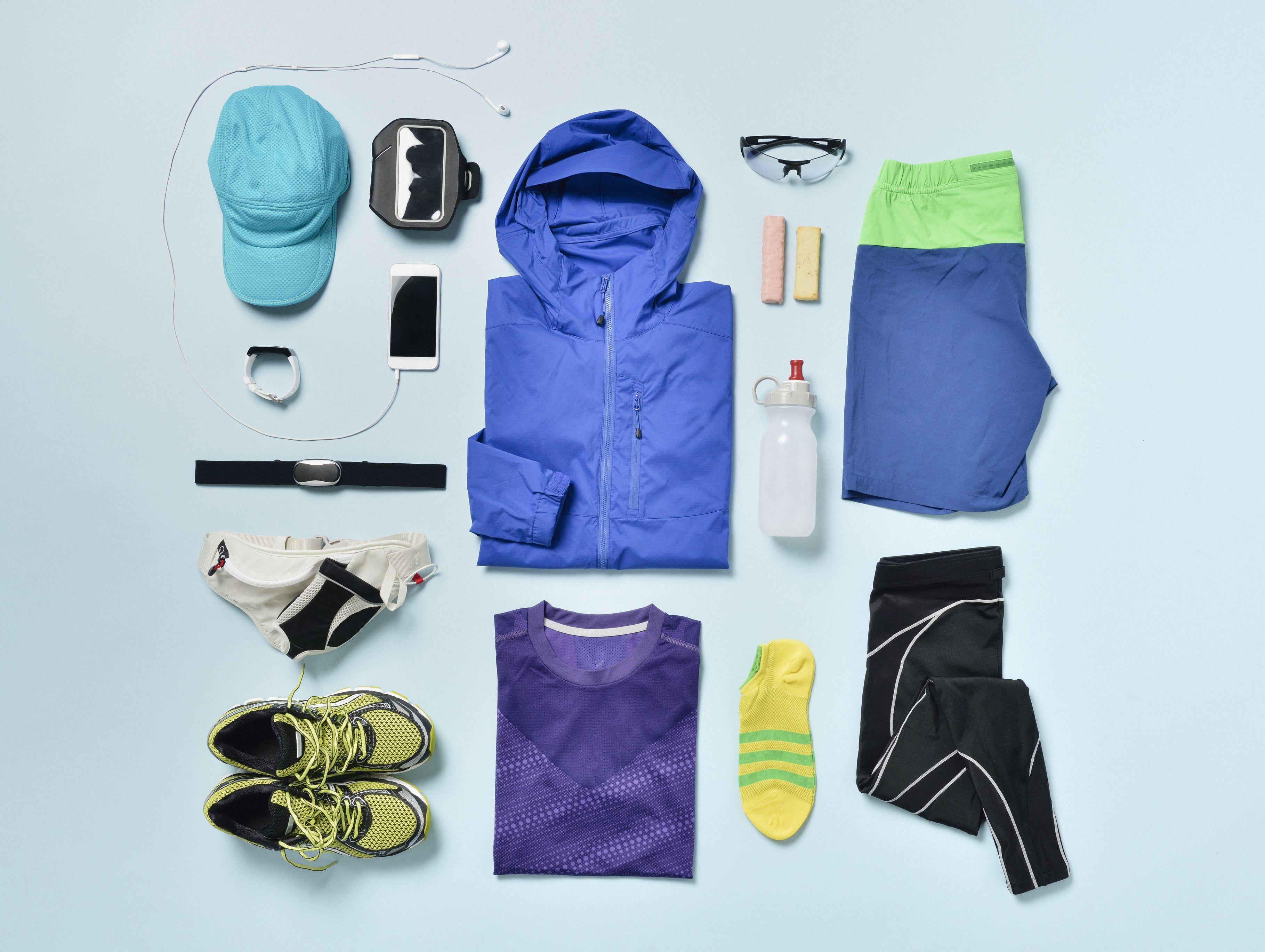 Men's Jogging supplies shot knolling style.