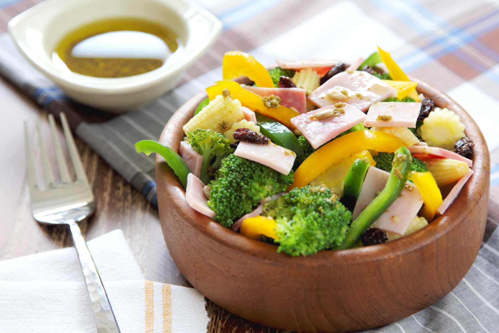 Come ensaladas más saludables.
