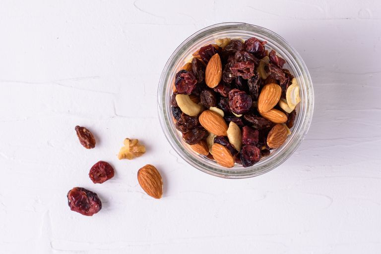 How to Make Low-Carb Trail Mix