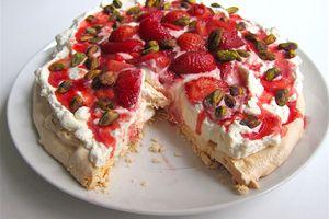 Strawberry Pistachio Pavlova