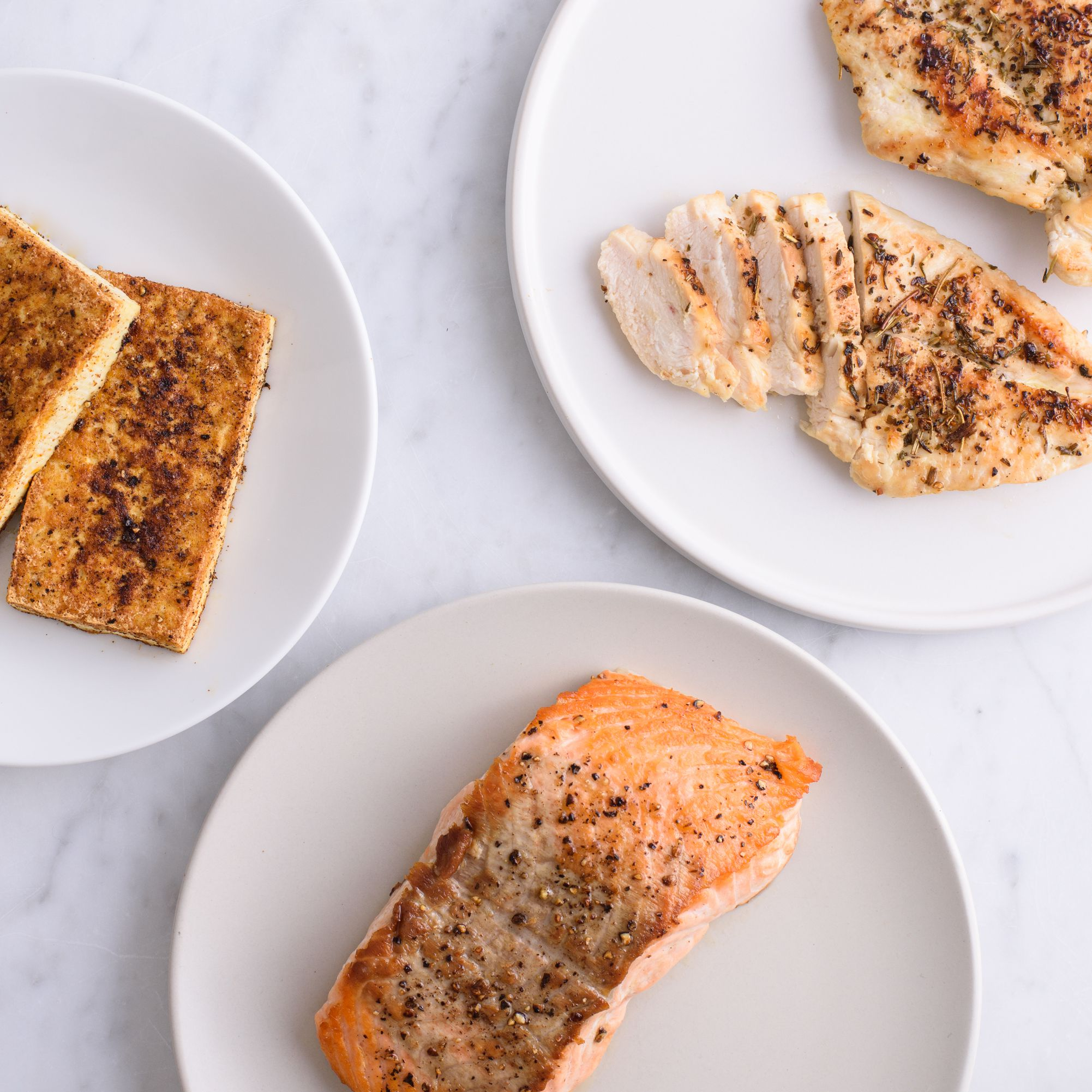 how much protein should i eat while dieting
