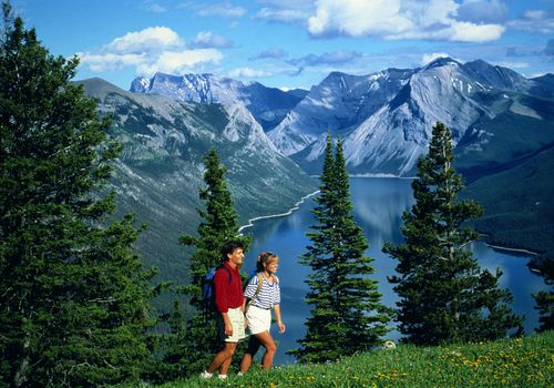 Banff, Alberta, Canadá Lago Minnewanka