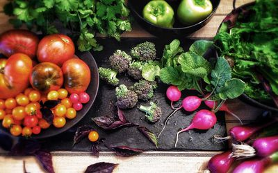 fruits and vegetables contain phytonutrients that are important for health