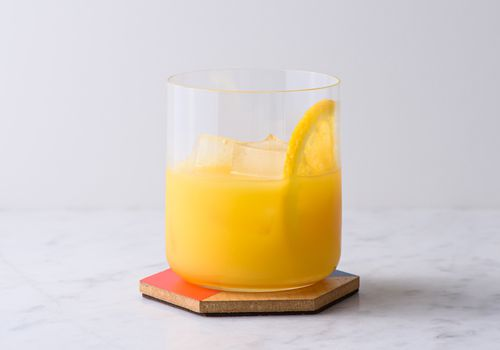 screwdriver cocktail in a glass