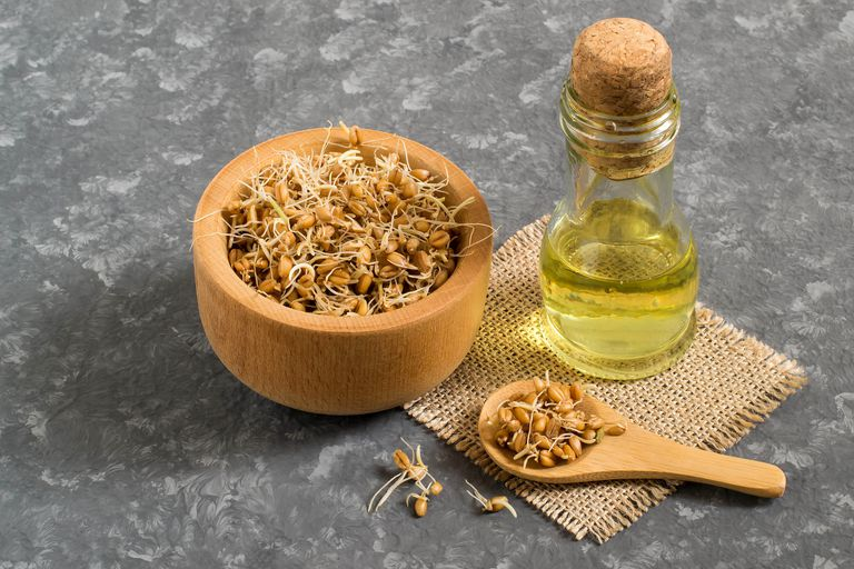 Fresh sprouted wheat seeds and wheat germ oil