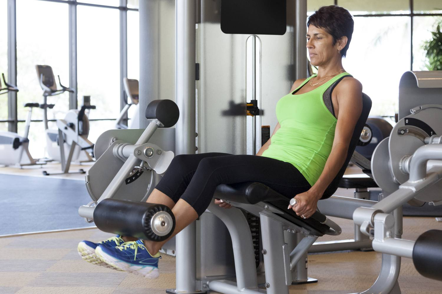 How To Do The Leg Extension Exercise For The Thighs