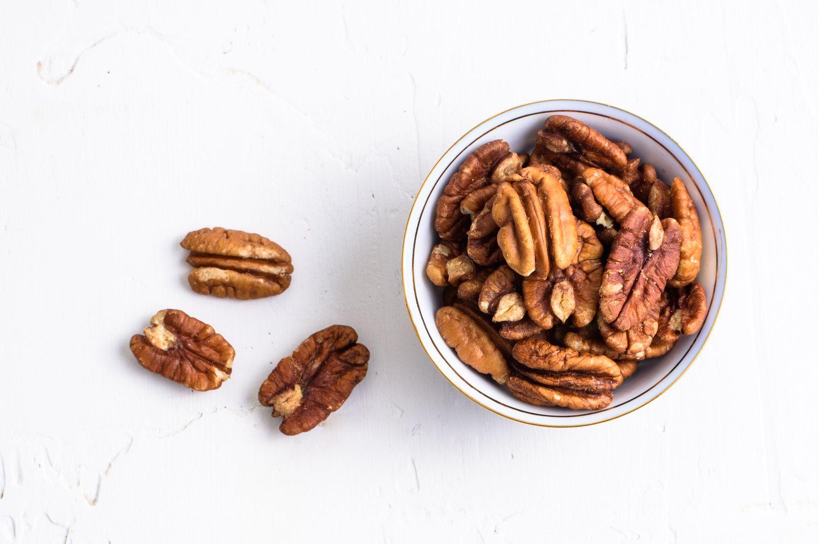 8 Common Nutrient Deficiencies on a Low-Carb Diet