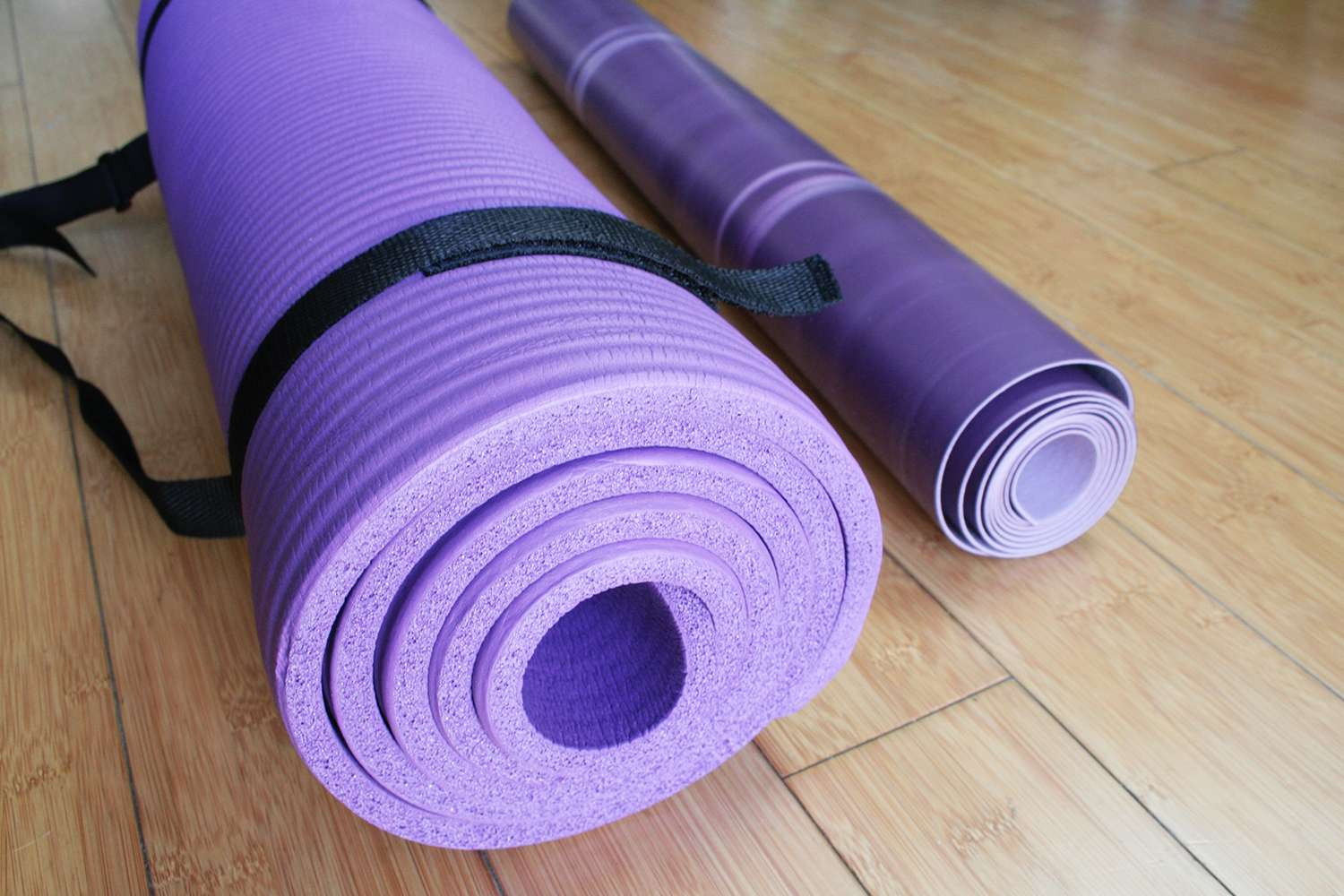 Lululemon The Reversible Un Mat Review Thin And Travel Friendly