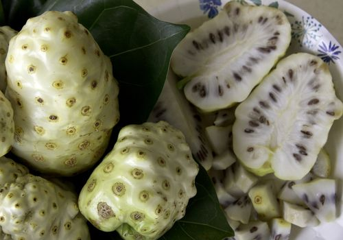 noni fruit is used to make noni juice