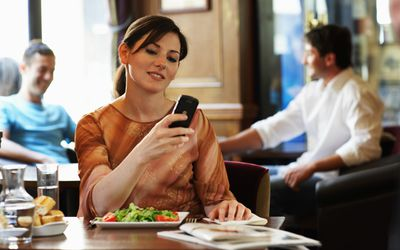 use a smart phone app as a food journal