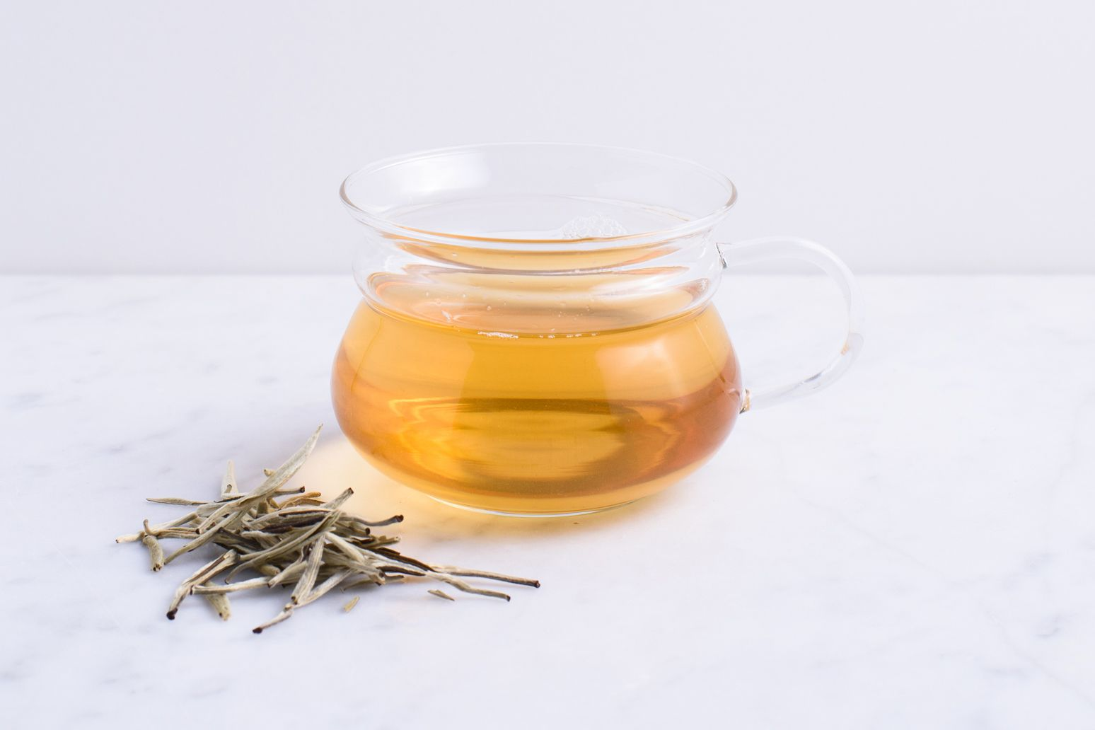 White Tea Benefits Side Effects And Preparations