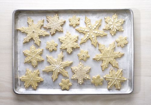 sugar cookies shaped like snowflakes