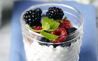 milk with berries on top
