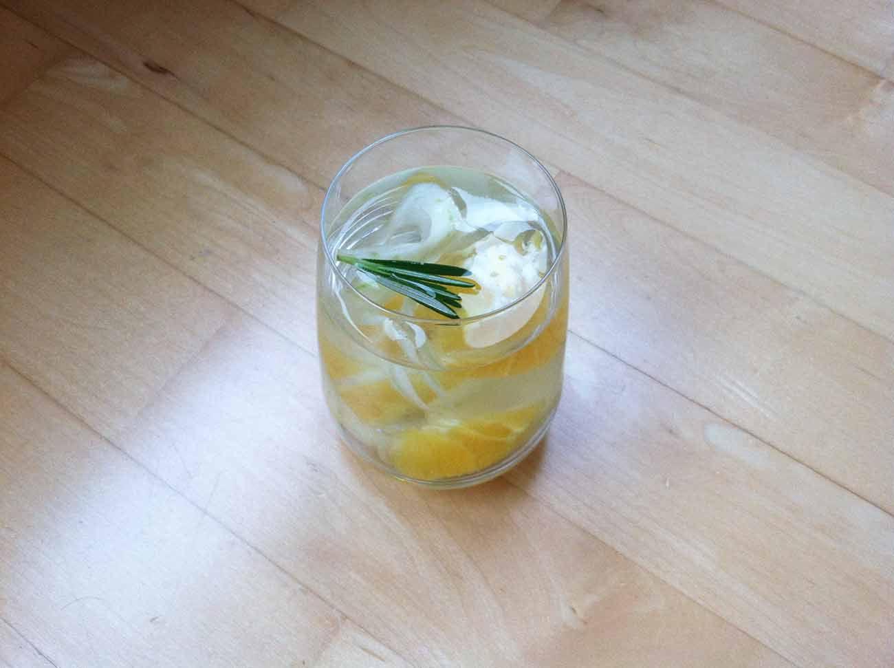 Agua de hinojo naranja