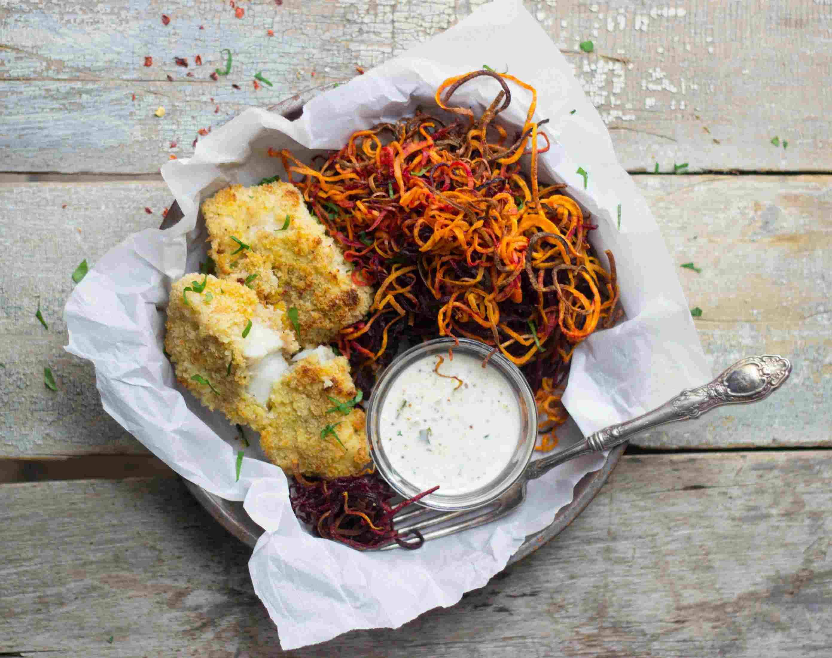 Pescado blanco y batatas fritas