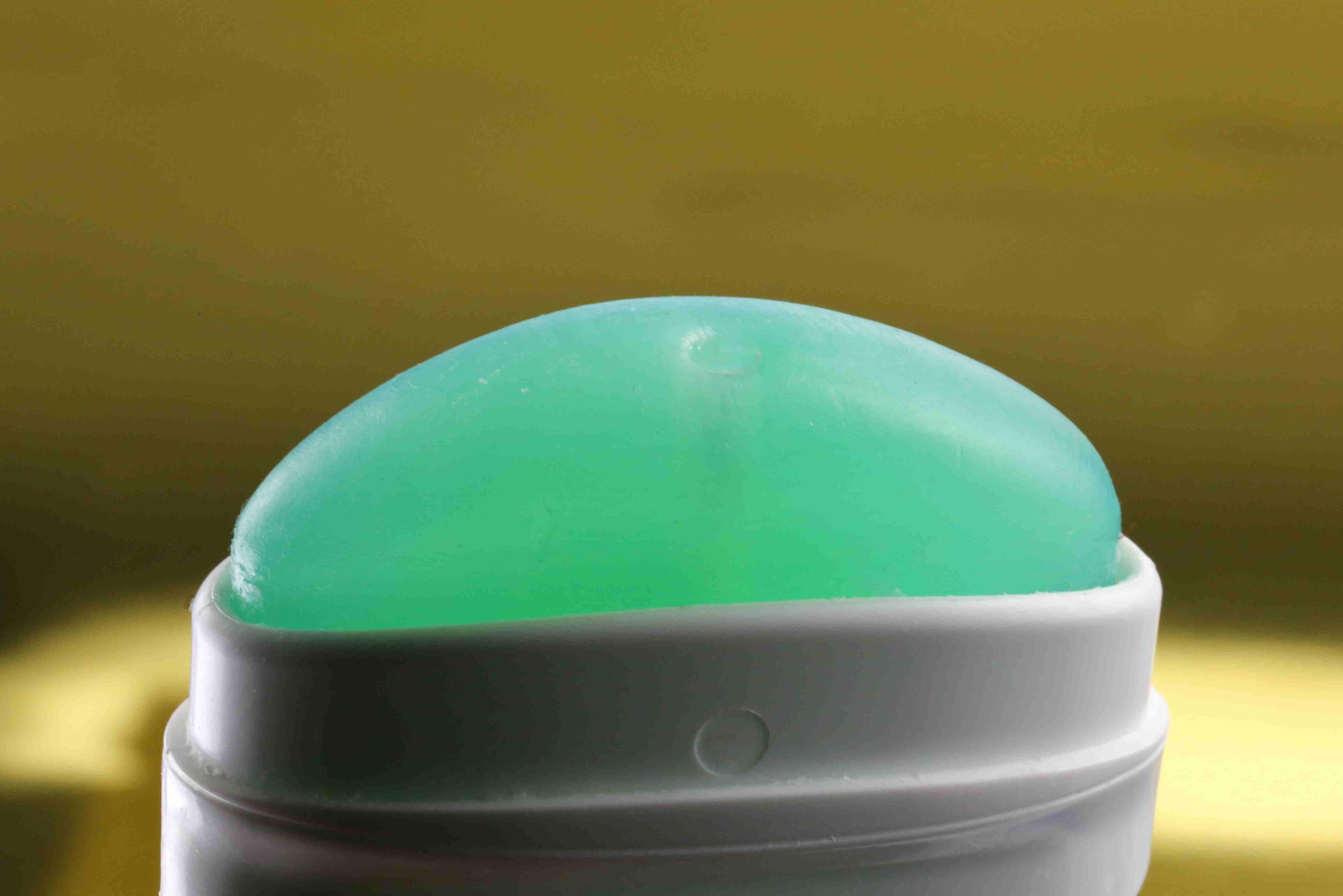 Refreshing deodorant for hygiene
