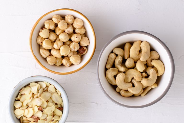 Carbs, Fats, and Calories in Nuts and Seeds