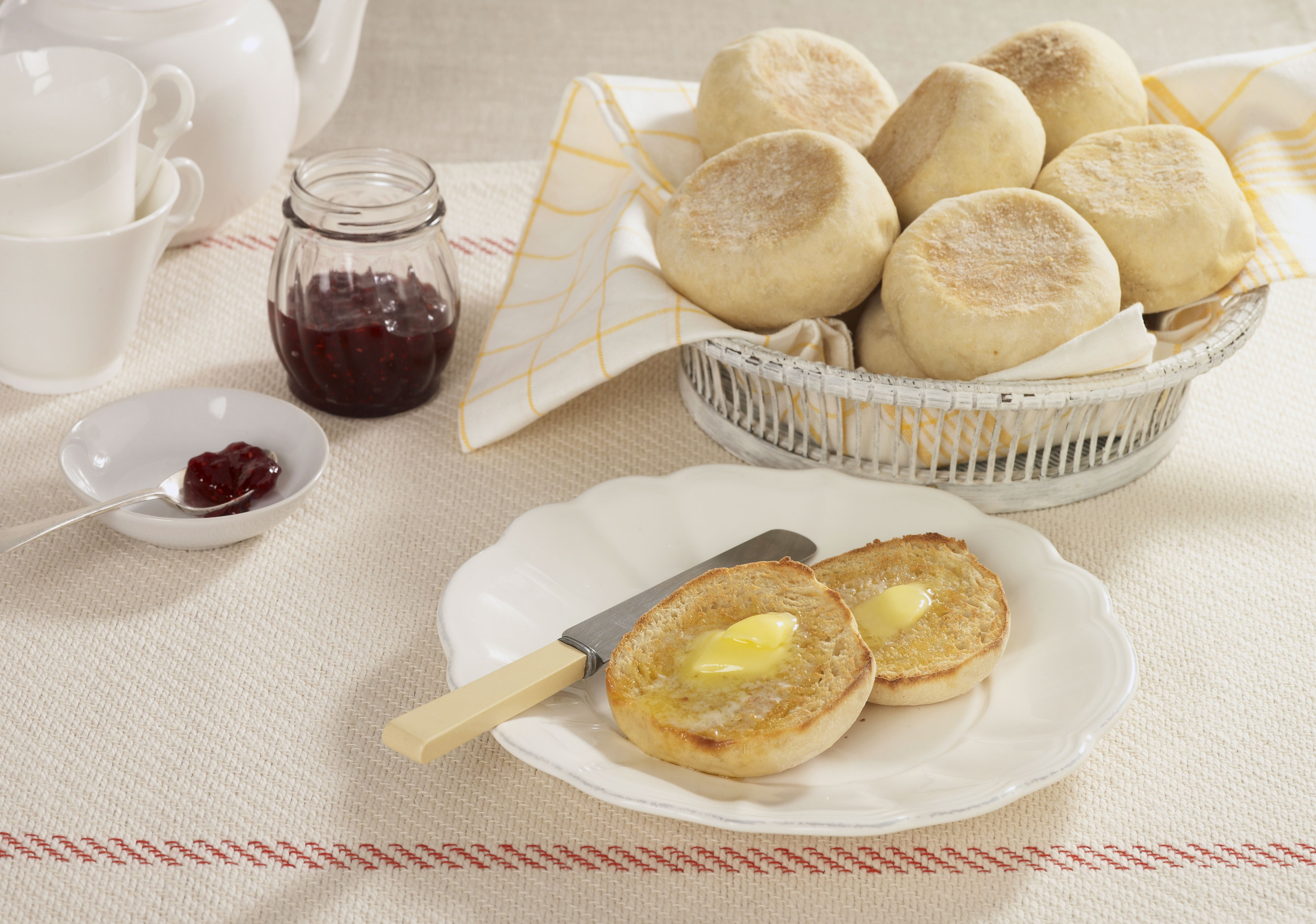 english muffin nutrition, calories, and health benefits