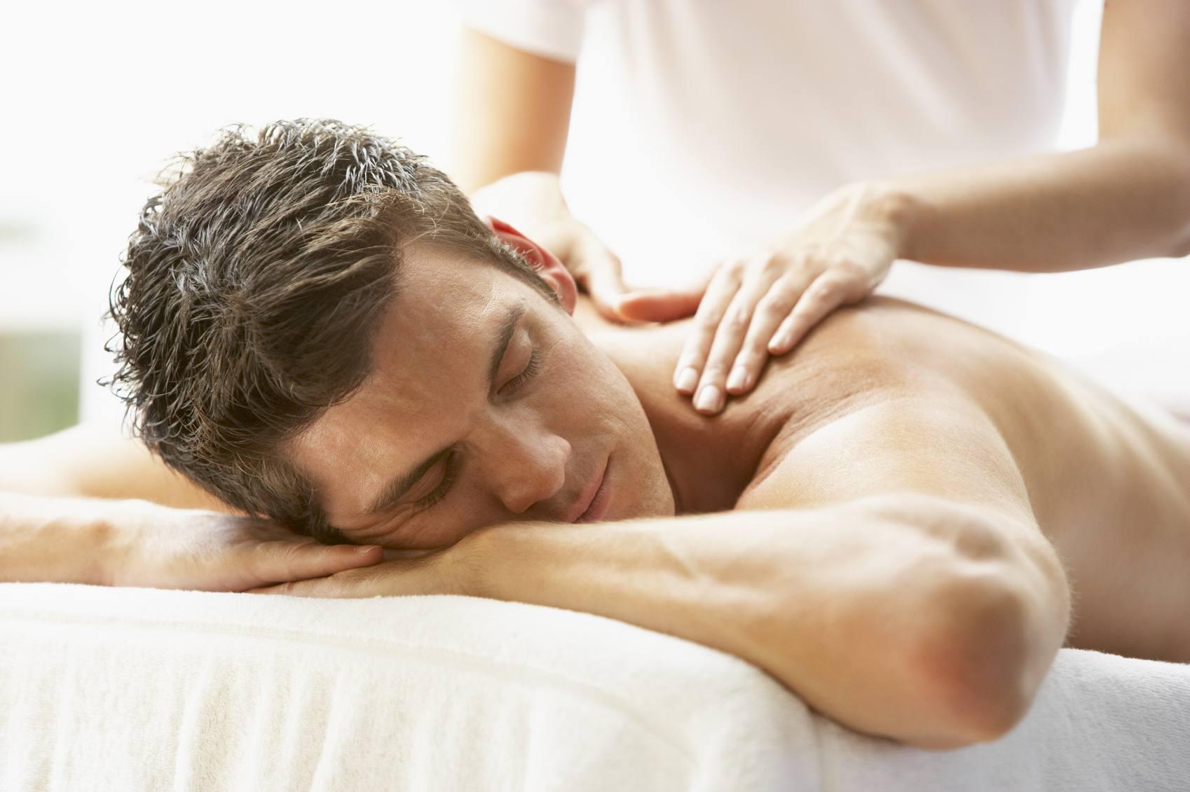 Hombre, recibiendo, masaje