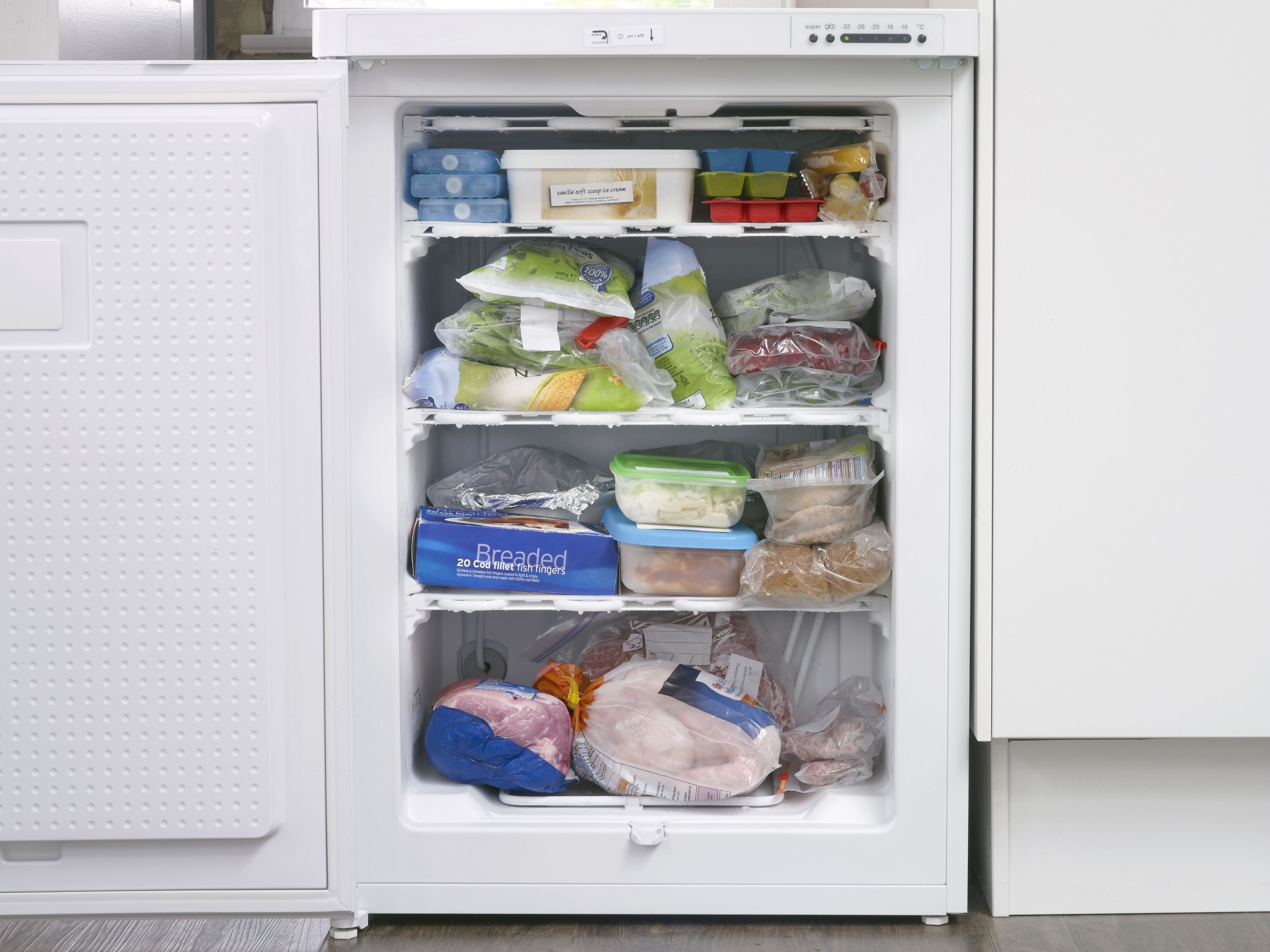 12 Tips for Stocking an Emergency Food Pantry
