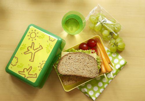 Caja de almuerzo