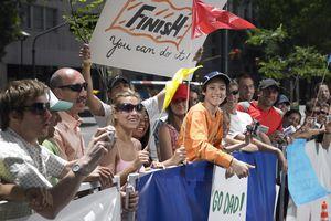 Crowd watching marathon