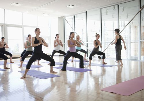 Clase de Power Yoga