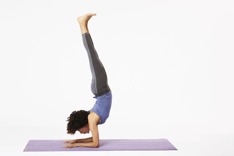 How to Do Forearm Stand (Pincha Mayurasana) in Yoga