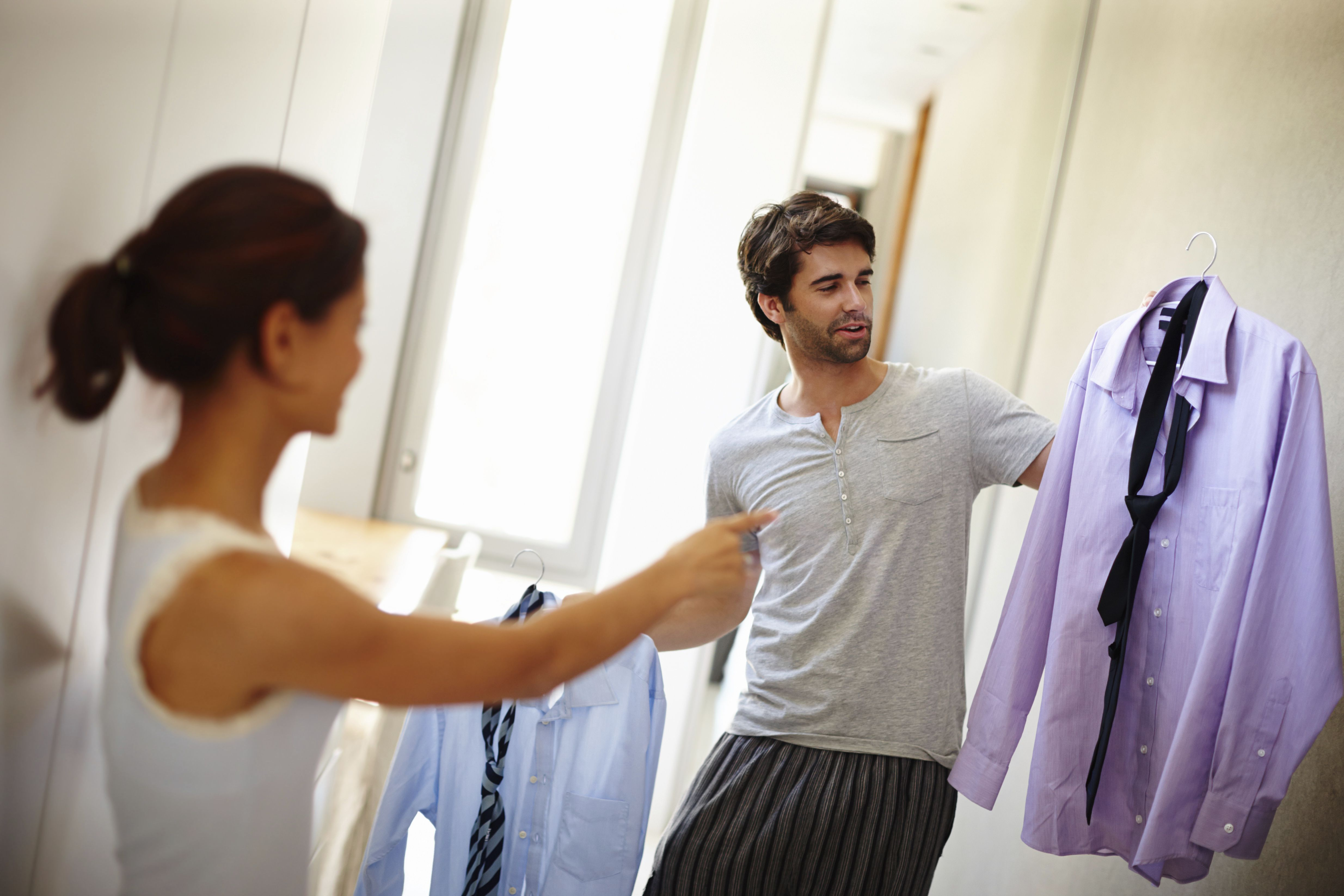 Use ropa ajustada