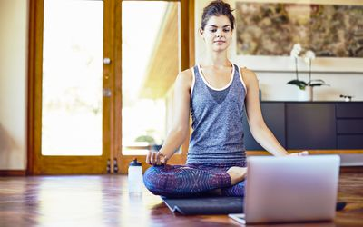 The 8 Best Online Yoga Classes Of 2020
