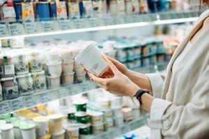 Choosing yogurt