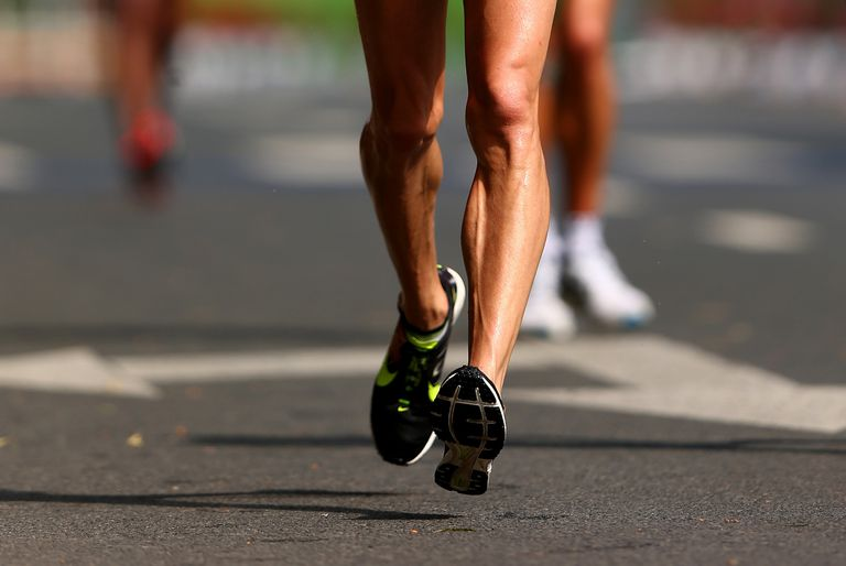 Racewalker lifting his foot off the ground
