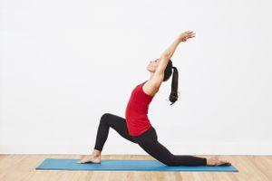 crescent lunge stretch