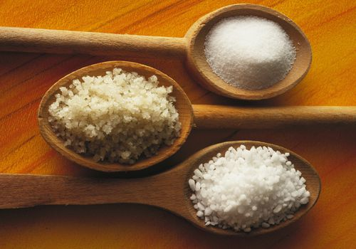 Coarse and fine sea salts