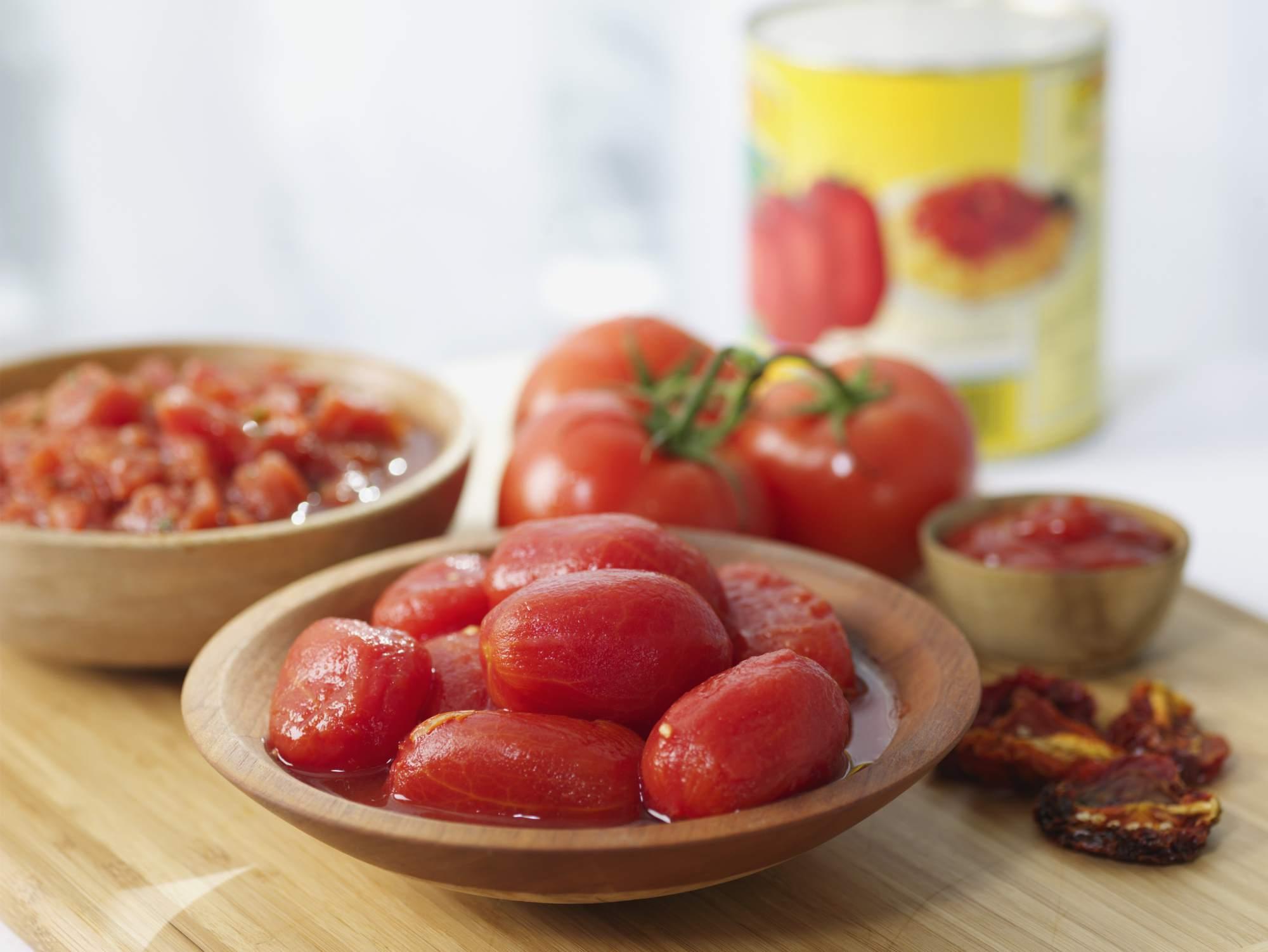 Los tomates guisados son ricos en calcio.