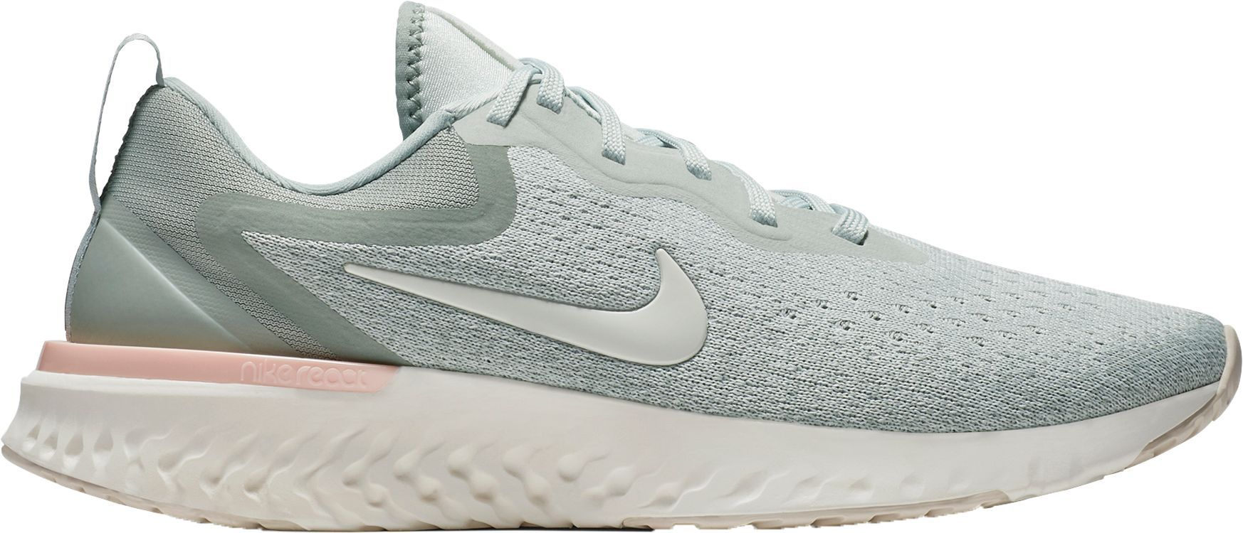 e09b88a6a0b The 8 Best Nike Walking Shoes of 2019