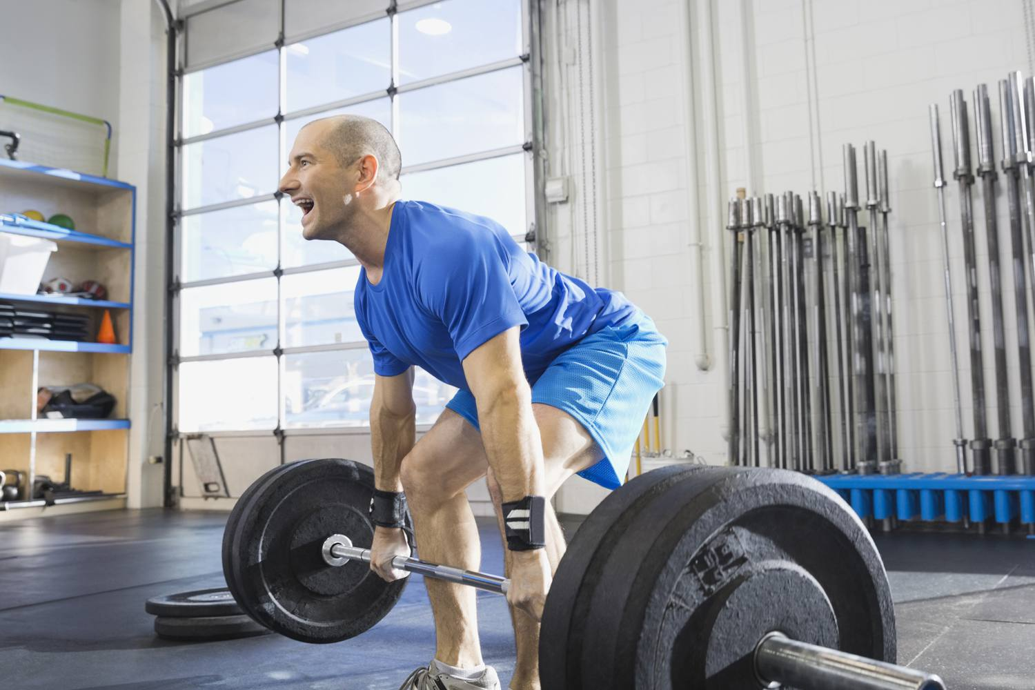 How To Properly Do The Deadlift