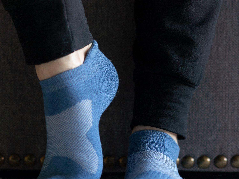 Sociable Recomendado puerta  Asics Cushion Low-Cut Socks Review: A Cushy Must-Have for Walkers