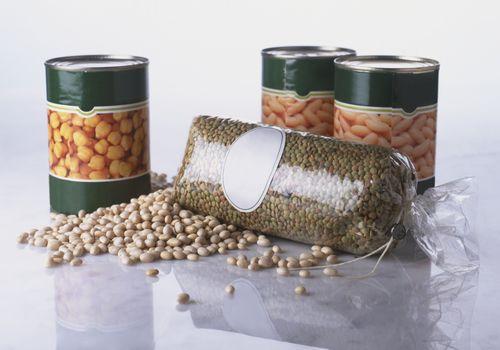 Frijoles y lentejas en conserva son una buena fuente de molibdeno.