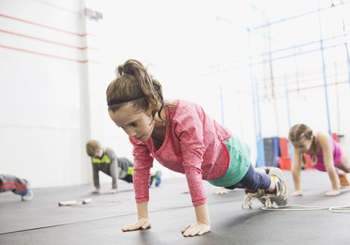 lesiones en la placa de crecimiento en niños activos