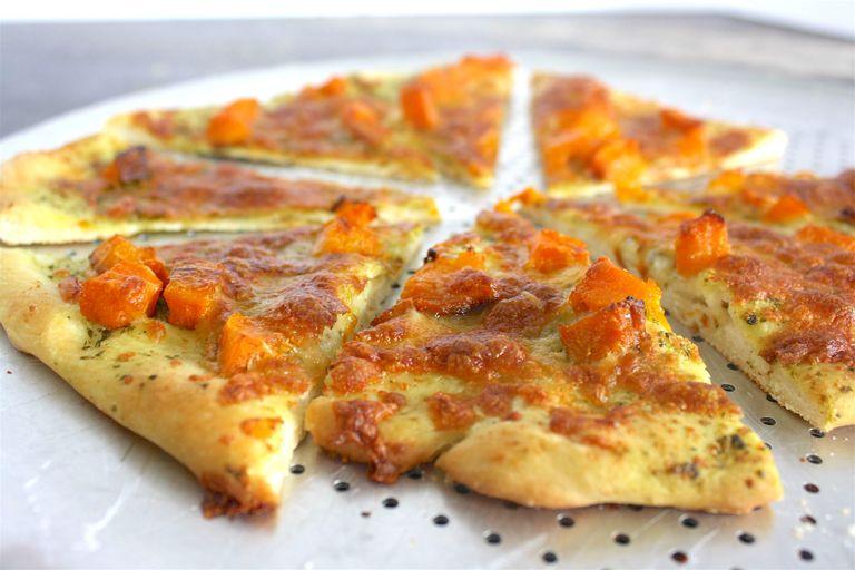 pesto and butternut squash pizza