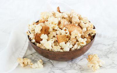 Stovetop Apple Cinnamon Popcorn