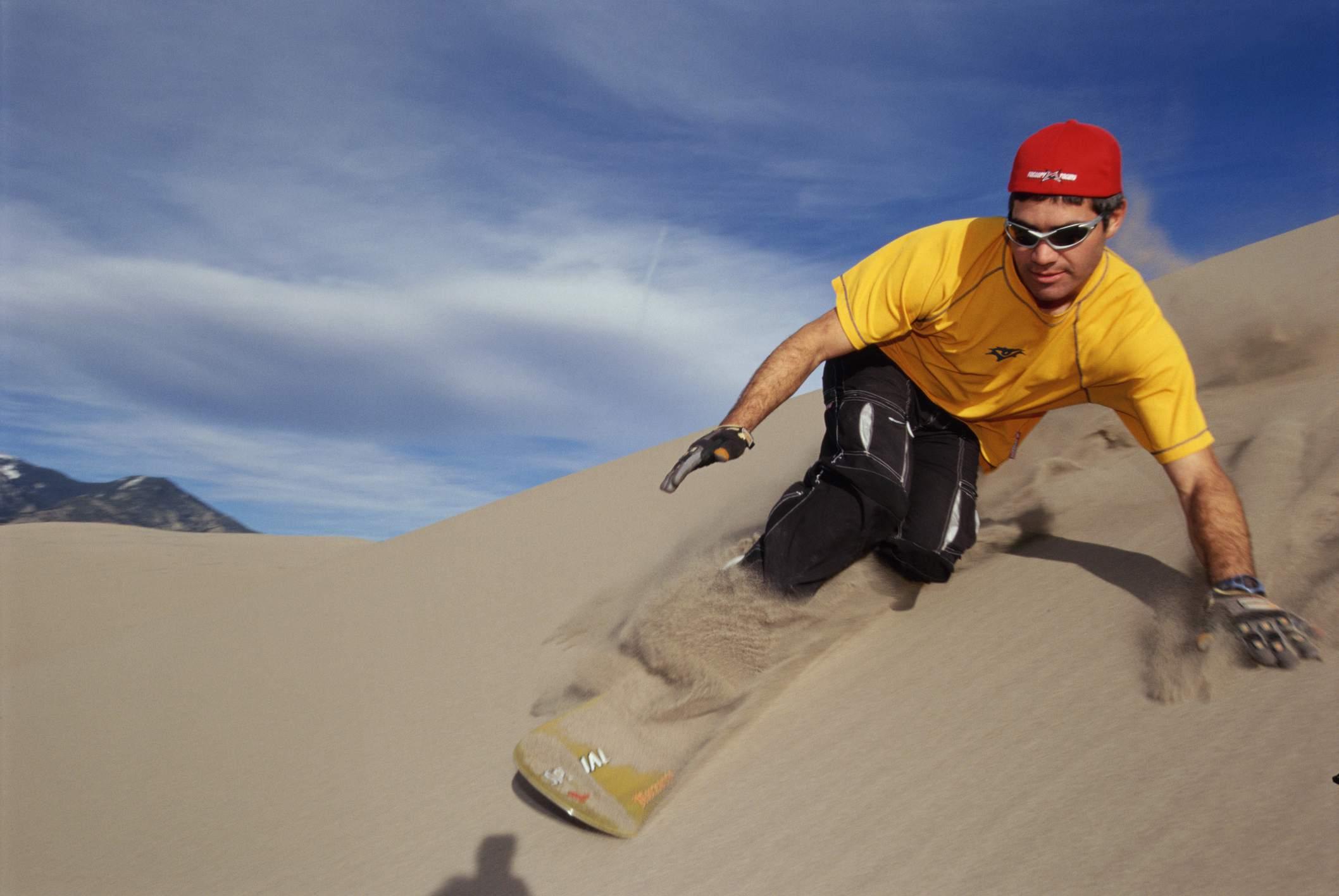 Sandboarding en el Parque Nacional Great Sand Dunes