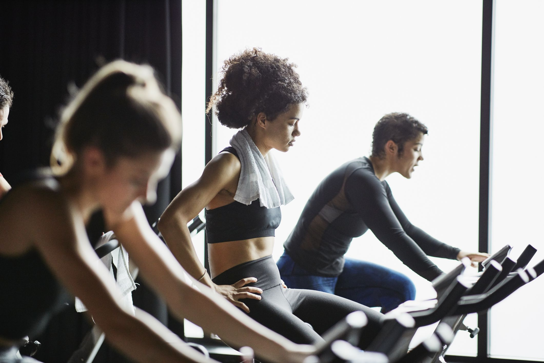 Coronavirus and Gyms: Should You Work Out During a Pandemic?