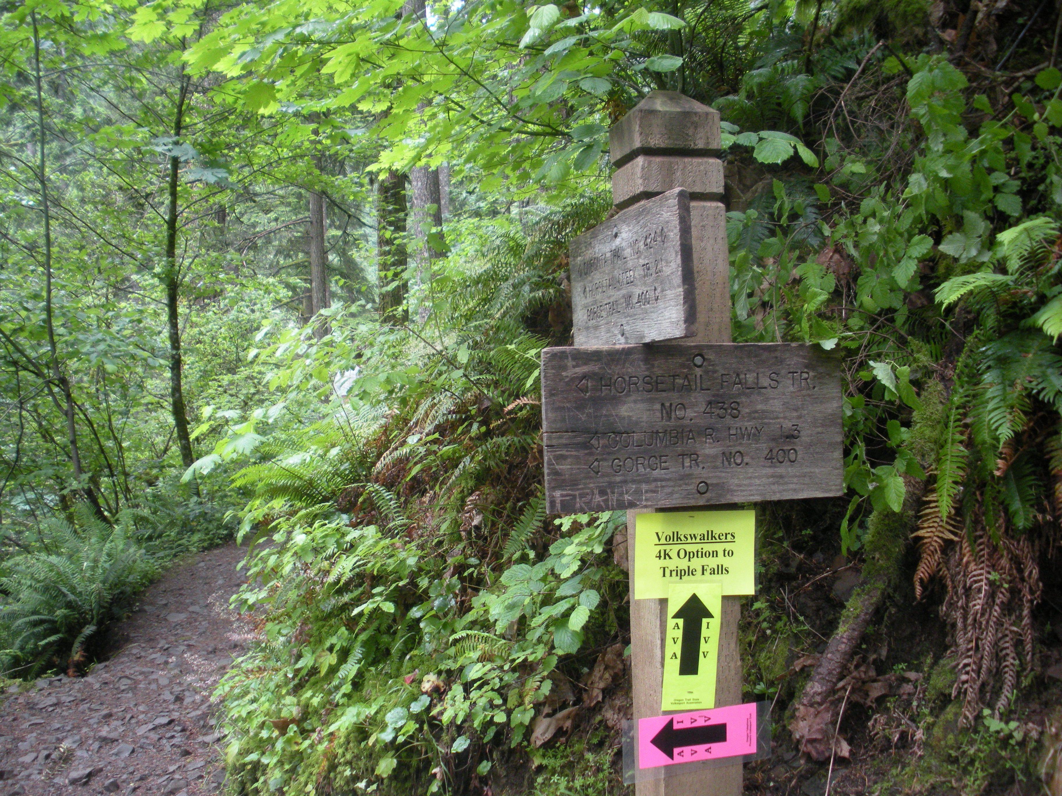 Intersección del sendero a Triple Falls - Columbia River Gorge