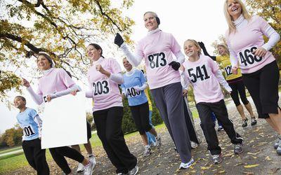 women and kids walking marathon